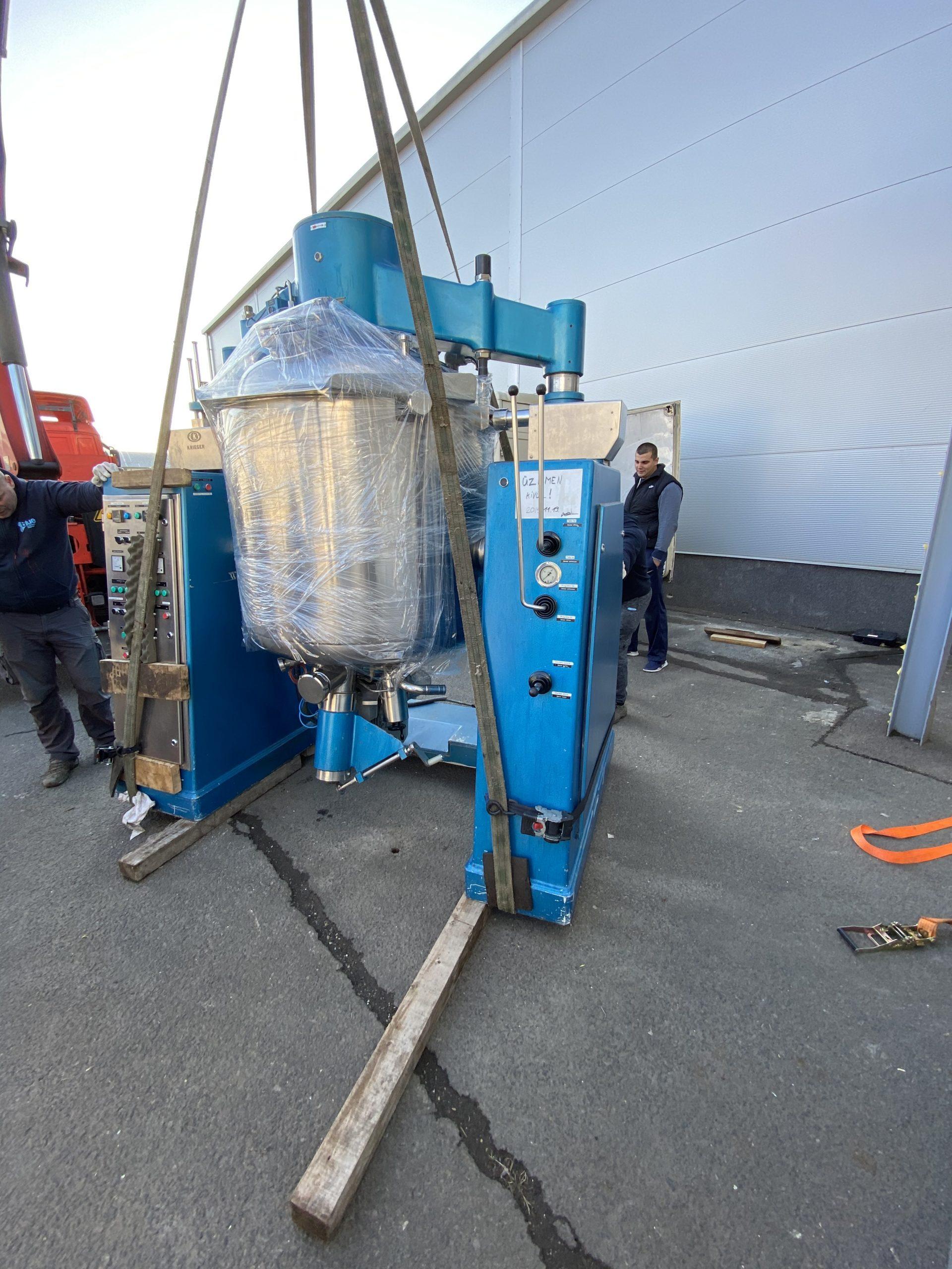 ipari keverőgép szállítás