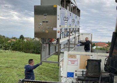 Élelmiszer ipari gép szállítása, daruzása